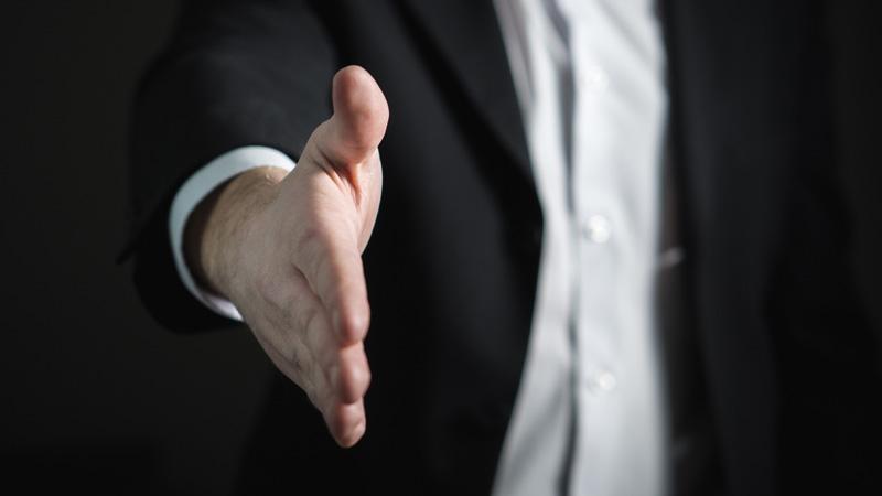 Skillsoft_800x450_Handshake